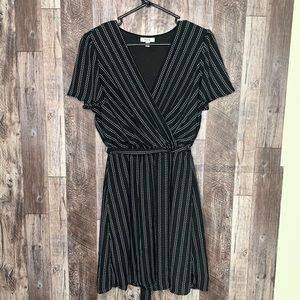 🌴 black pinstripe dress